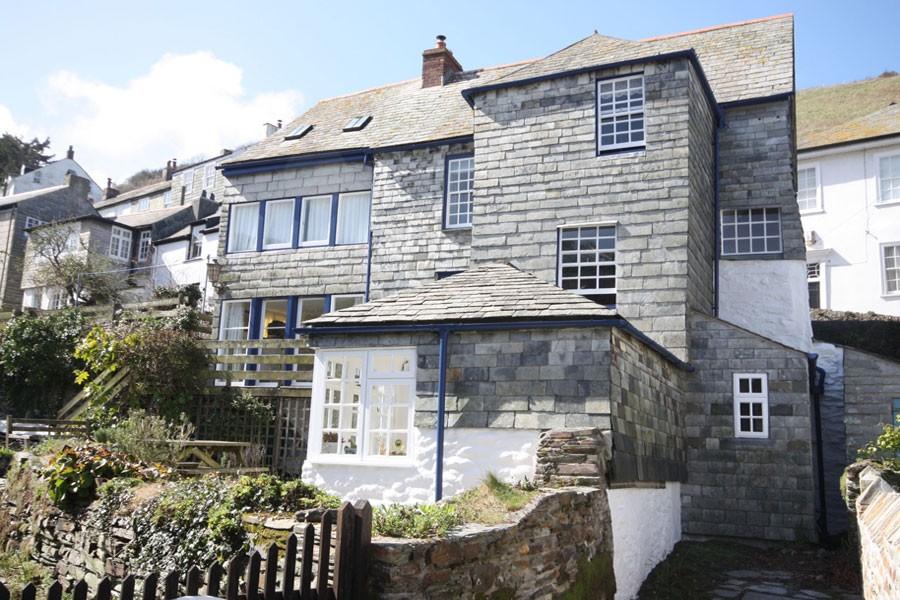 A Beautiful Grade 2 Listed Manor House